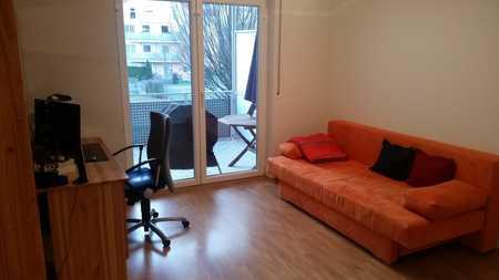 Voll möblierte 2-Zimmer-Wohnung mit großem Balkon mit toller S-Bahn-Anbindung (S8 Flughafen) in Ismaning