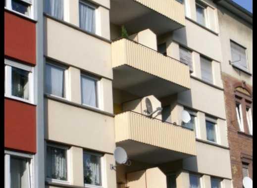 **Helle, geräumige 3 ZKB + 2 Balkone + Wohnküche / Mannheim-Rheinau**