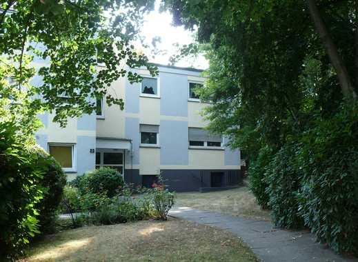 Gut aufgeteilte 3,5-Zimmer-Wohnung mit Loggia und EBK in Bochum-Querenburg direkt am Grüngürtel/Wald