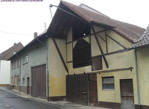Bauernhaus mit Scheune und Stallung