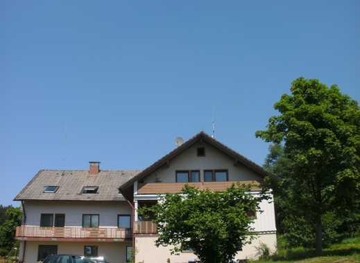 Gepflegte 3-Zimmer-DG-Wohnung mit Balkon in Freudenstadt Kniebis