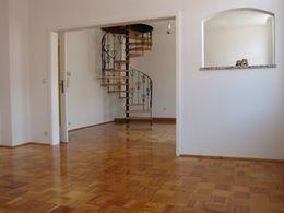 2.OG-Wohnzim. mit Treppe z.SZ