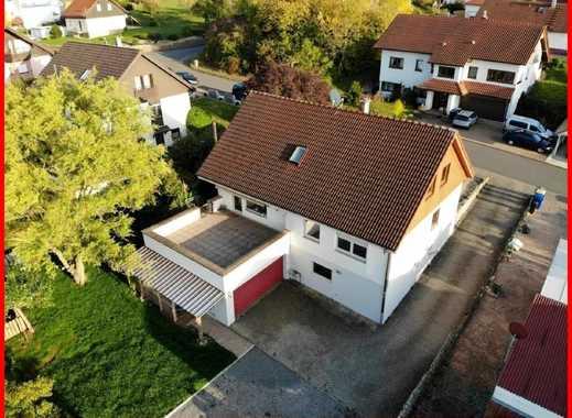 Dieses Wohnhaus mit Loggia und herrlicher Sonnenterrasse könnte Ihr neues ZUHAUSE werden !