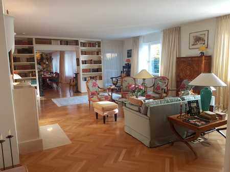 Exklusive 6-Zimmer-Wohnung mit sonniger Terrasse am Harlachinger Hochufer in Harlaching (München)