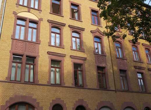 Schöne kernsanierte 2 Zimmer SINGELwohnung in ruhiger Neustadtlage mit Balkon