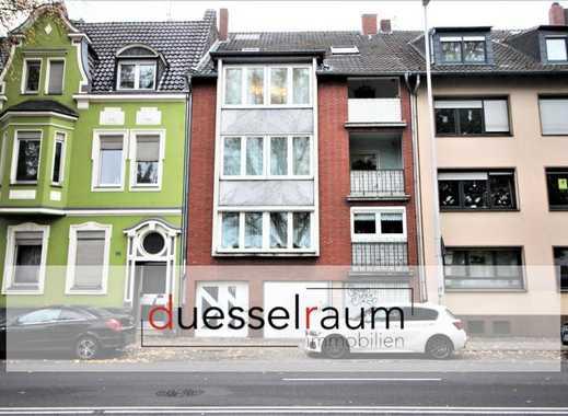 Attraktive Kapitalanlage: 4 Familienhaus mit großem Garten und 2 Garagen in Rheydt!