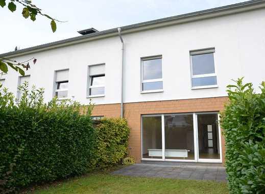 Familienfreundliche Lage: Modernes Reihenmittelhaus mit Dachterrasse in Einbrungen!