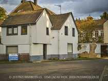 Sanierungs- und renovierungsbedürftiges Wohnhaus in