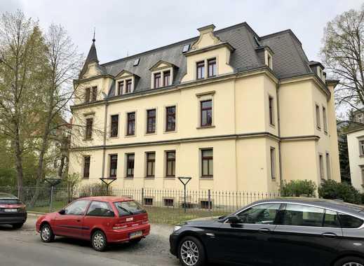Freundliche 3-Zimmer-Wohnung mit Balkon und EBK in Dresden