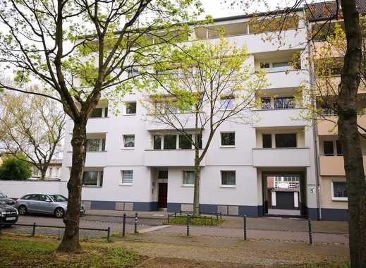 *Renovierte 3-Zimmerwohnung mit Balkon in ruhiger Lage in Köln-Mülheim!*