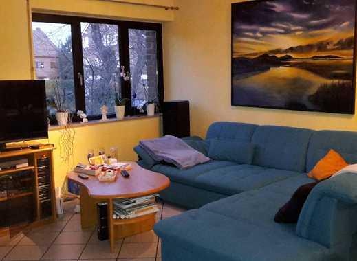 Gut geschnittene 3  Zimmer Wohnung mit Erker.