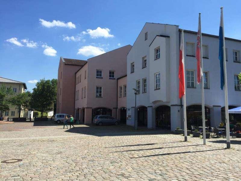 Renovierte - 4-Zi.-Whg. im Zentrum (25) in Simbach am Inn