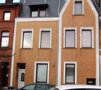 Bild Schönes Haus mit sieben Zimmern und Garten in Mülheim an der Ruhr, Broich