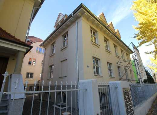 Erstbezug! 4-Zimmer-Wohnung in saniertem Altbau. Rüngsdorf, rheinnahe Lage, Balkon