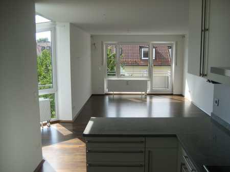 Daglfing: gepflegte 4 Zimmer Wohnung, sonnig und hell in Bogenhausen (München)