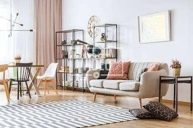Moderne Penthousewohnung mit 5 Zimmern, Fußbodenheizung, gr. Terrasse u. 2 TG-Plätzen! Zentrumsnah! in Augsburg-Innenstadt