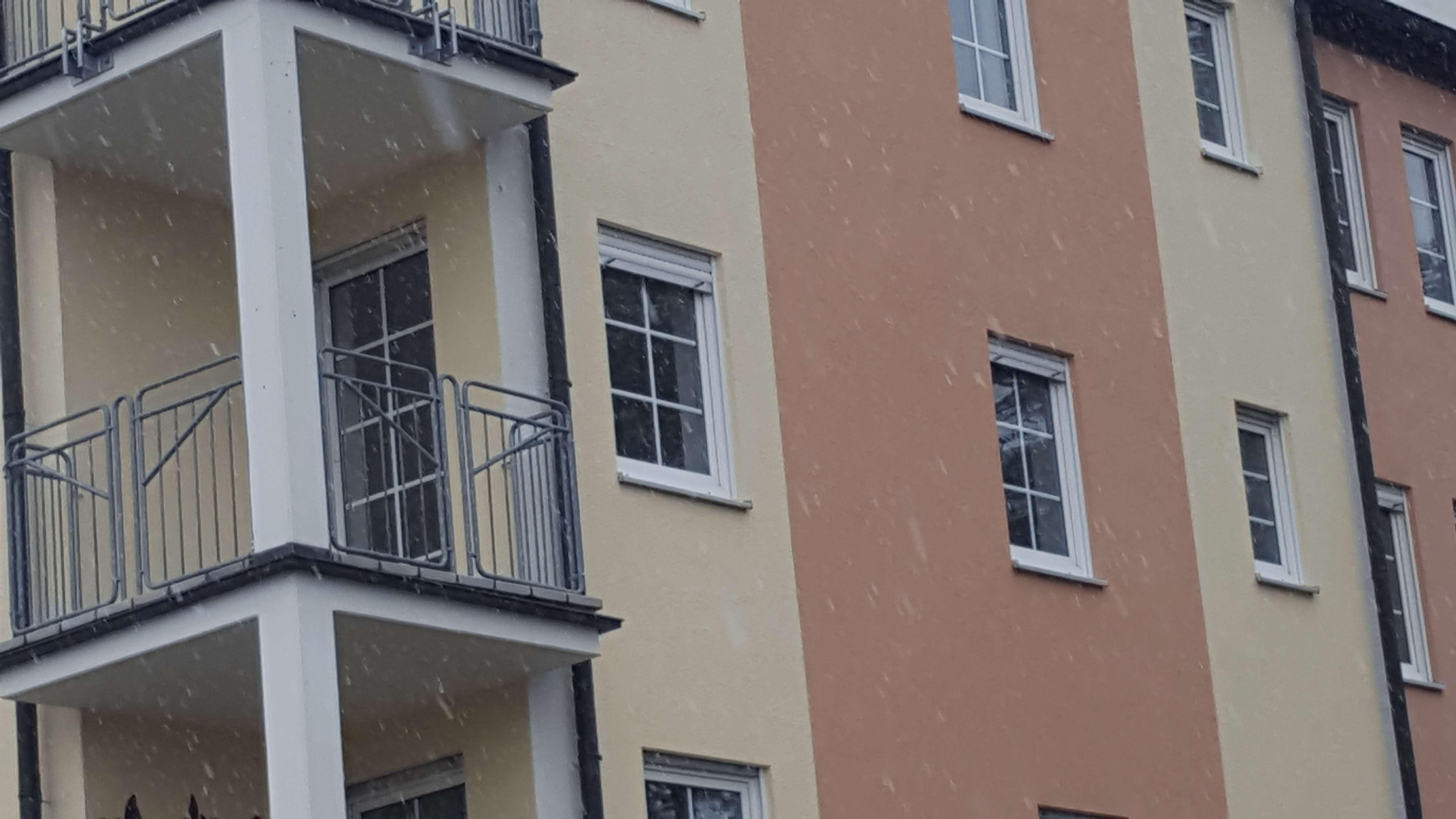 Attraktive Seniorenwohnung 2-Raum-Wohnung mit EBK und Balkon in Roth in