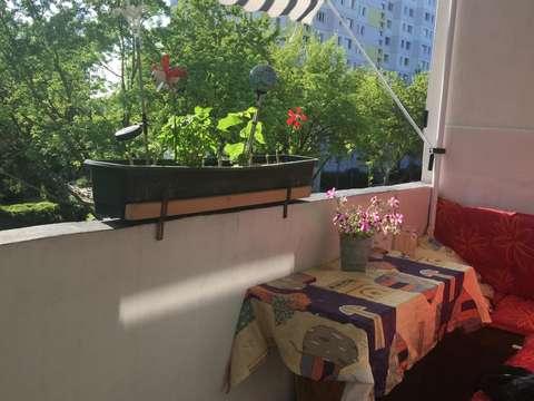 Gemutlich Mobiliertes 12 Qm Zimmer Mit Balkon Zu Vermieten