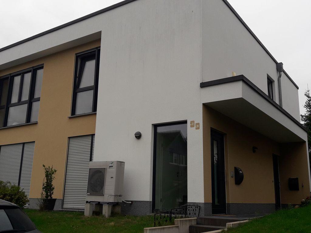 gepflegte 3 zimmer wohnung mit balkon und ebk in neunkirchen seelscheid