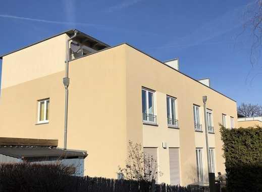 Modernes Reihendhaus mit Garten- & Dachterrasse in Briesnitz