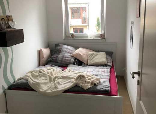 Mitbewohner-in gesucht, 2 Zimmer für eine  Person ab frühstens 01.04