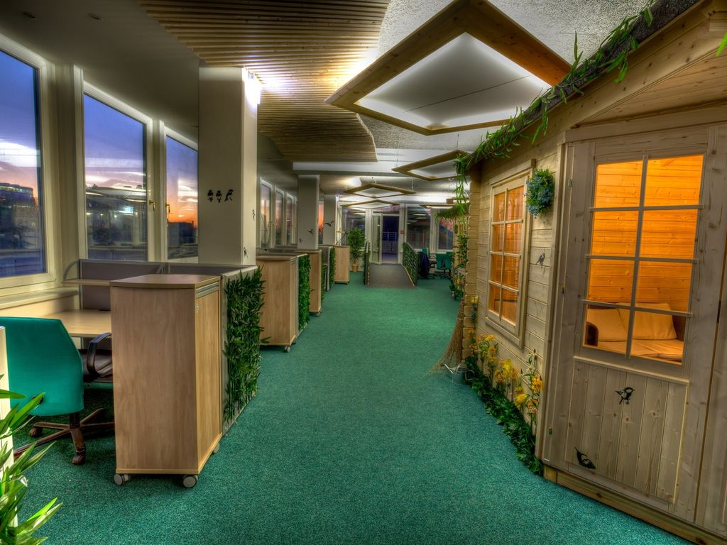 wg zimmer dachterrasse sauna city uni. Black Bedroom Furniture Sets. Home Design Ideas