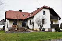 Luxuriöses Zweifamilienhaus in