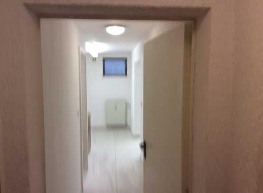 Gepflegte 1-Zimmer-Wohnung / oder Büro mit Einbauküche in  Mönchengladbach-Odenkirchen