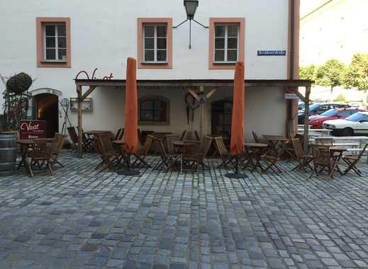 Tagescafé, Vinothek, Bistro in der Neuburger Altstadt
