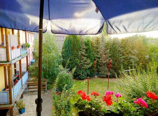 4 Raum-Wohnung mit Balkon im 1.OG  - in Bitterfeld