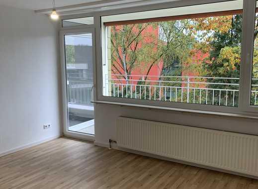 Erstbezug nach Sanierung mit Balkon: freundliche 3-Zimmer-Wohnung in Höhenberg, Köln