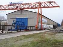 Industrieflächen mit Hallen Lager zu