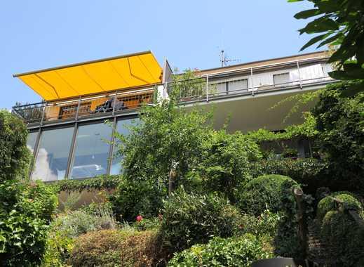 Doppelhaus mit 12 Zimmern in idyllischer Hanglage