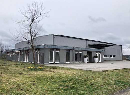 Lager- / Produktionshalle mit Bürotrakt und Sozialräumen