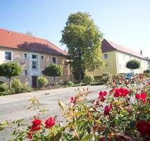 Sehr schöne geräumige 2-Raum-Wohnung im Mozartviertel