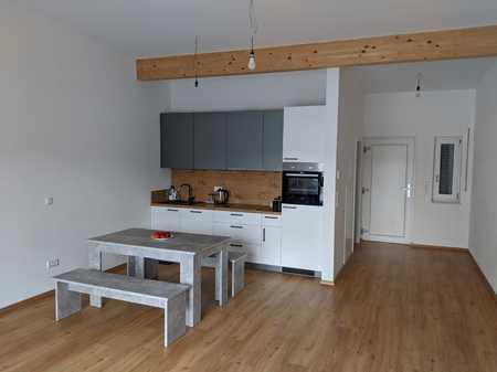 Schöne, geräumige 1-Zimmer Wohnung in Deggendorf (Kreis), Deggendorf in Deggendorf