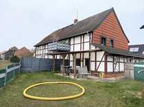 Modernisiertes Fachwerkhaus mit 3 Wohnungen