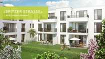 Bild Behagliches Wohngefühl im Grünen: großzügiger offener Wohn- und Essbereich mit Balkon