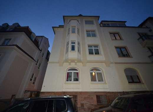 Heidelberg - Neuenheim: Altbauwohnung mit großem Süd-Westbalkon