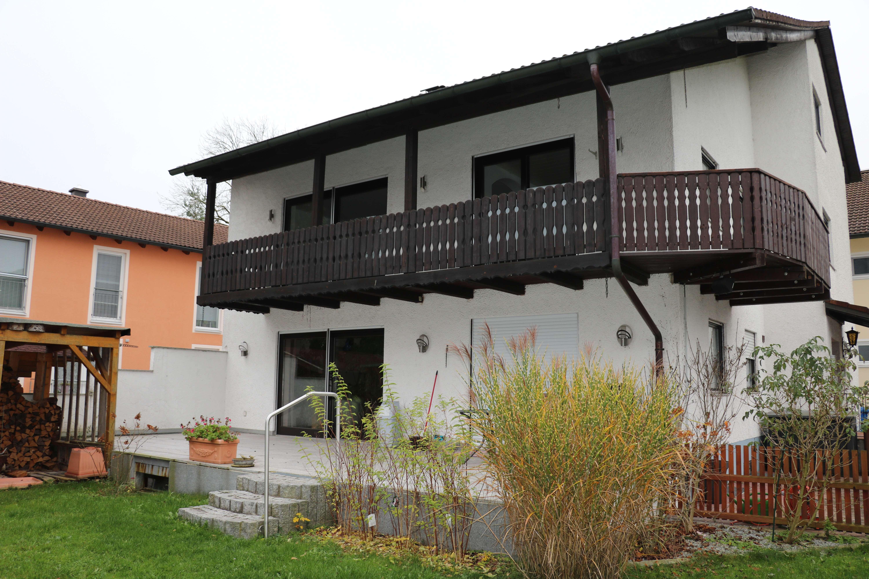 Geräumige, modernisierte 3-Zimmer-Wohnung zur Miete in Oberschleißheim in Oberschleißheim