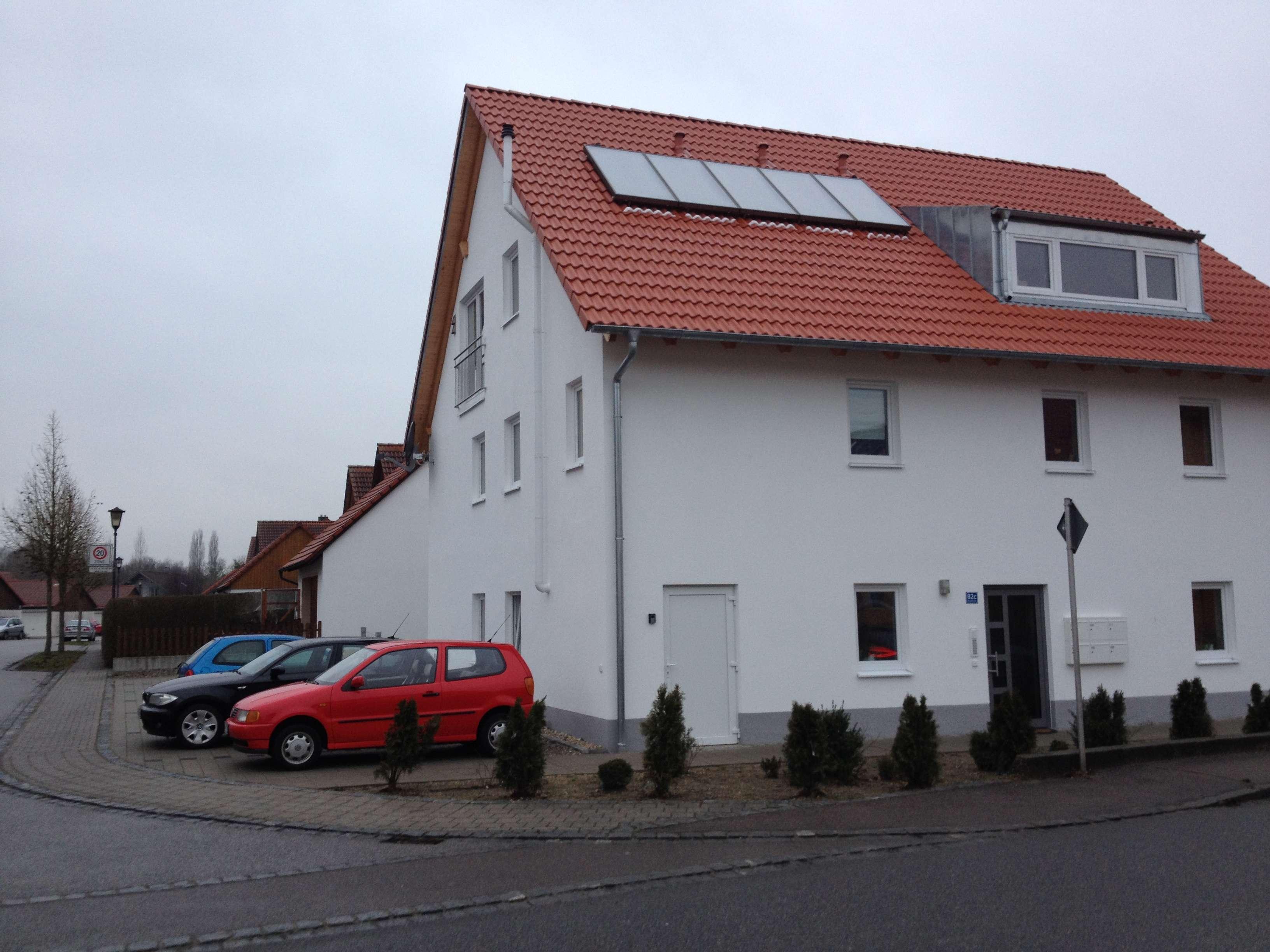 Neuwertige 1-Zimmer-EG-Wohnung mit Terrasse, Gartenanteil und Stellplatz in Geisenfeld