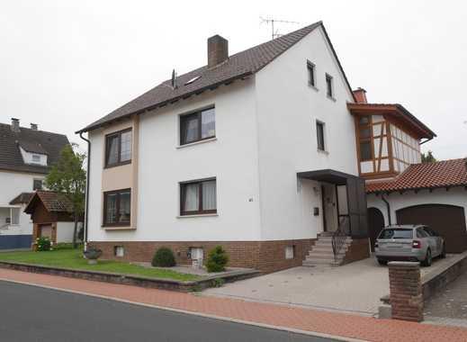 Dachgeschosswohnung in einem 3-Familienhaus zu vermieten