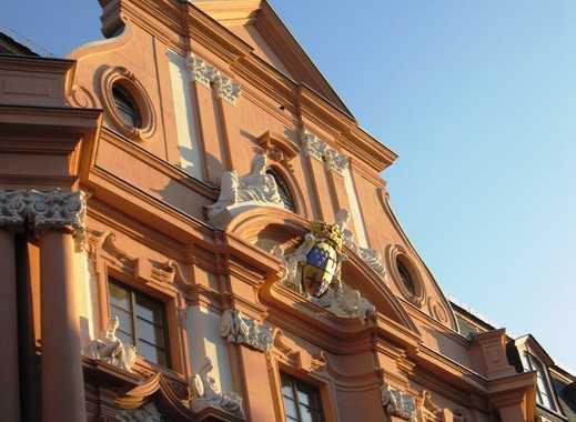 Denkmalgeschütztes Luxus-Loft für höchste Ansprüche im Dalberger Hof