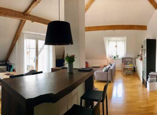 Provisionsfreie! Designer 3-Zimmer-DG-Wohnung teilmöbeliert mit Terrasse