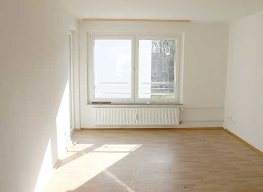 Jetzt Zugreifen! Traumhafte 3-Zimmer-Wohnung mit Balkon und Blick ins Grün