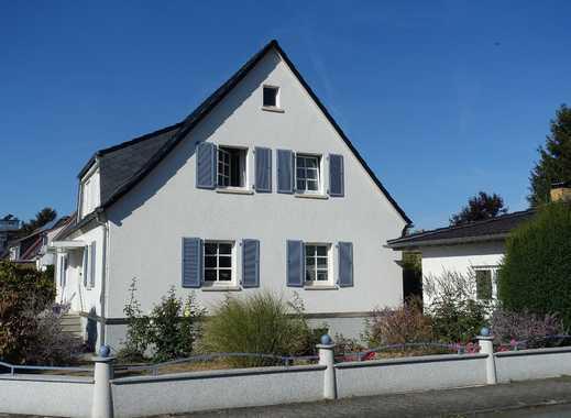 Bergen-Enkheim: Gepflegte 4-Zimmer-Doppelhaushälfte in gefragter Lage