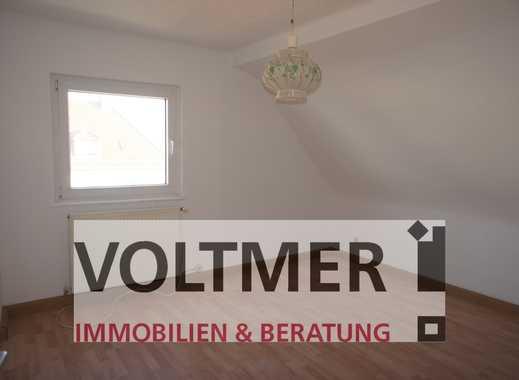 TAPETENWECHSEL teilrenovierte Dachgeschosswohnung in gefragter Lage von Spiesen-Elversberg