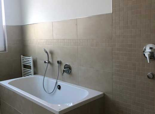 Sonnen-Penthouse - Neubau - Erstbezug - 3ZKB - Fußbodenheizug - Einbauküche