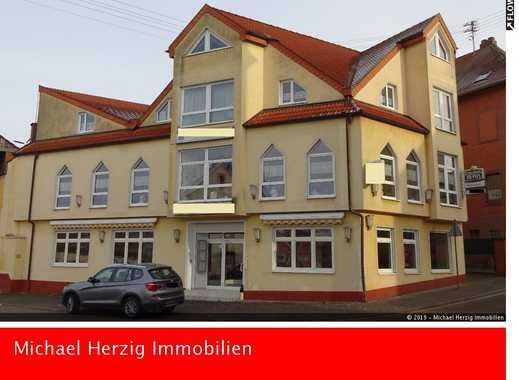 +++Schickes MFH mit 2 Wohnungen und 2 Gewerbeeinheiten in Ottweiler+++