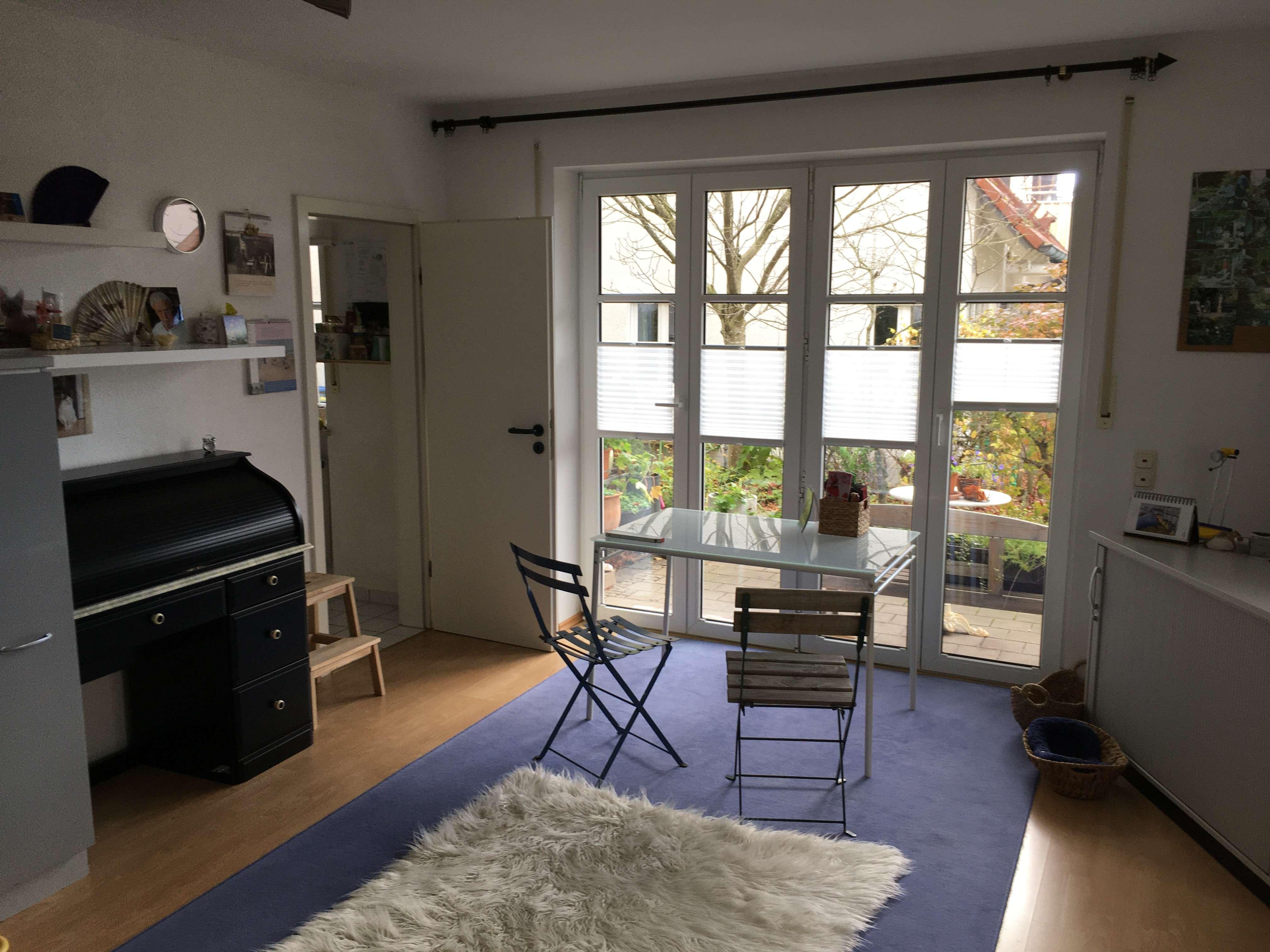 Schöne, geräumige 1-Zimmer Wohnung in Schwabhausen in Schwabhausen (Dachau)